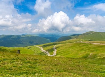 Why do you need to visit Transalpina -tourist attractions on the King's Road